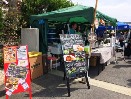 「洋食家 KITCHEN PIGLET」のチキンカレー @土岐美濃焼まつり