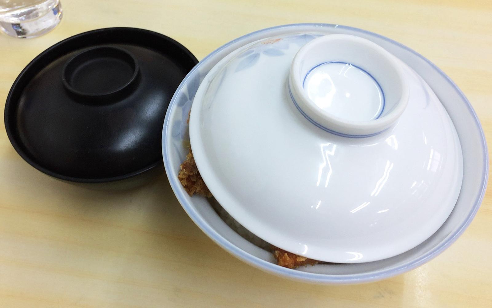 「とんかつ いわた」のカツ丼大盛り @西枇杷島