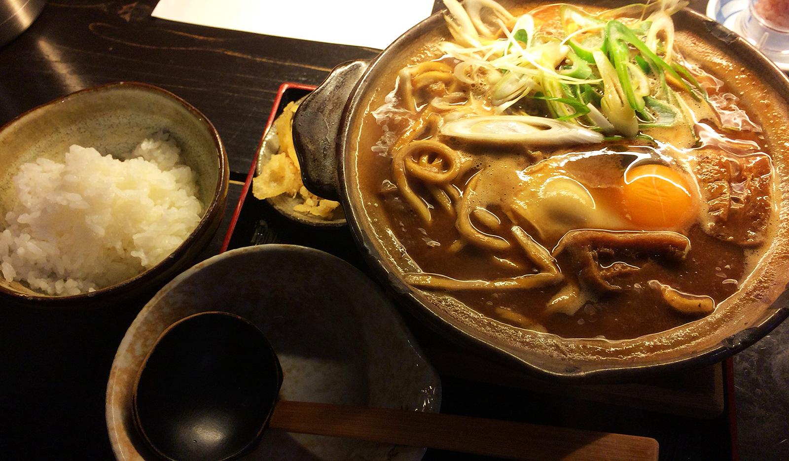 「七里庵」の味噌煮込みうどん @東枇杷島