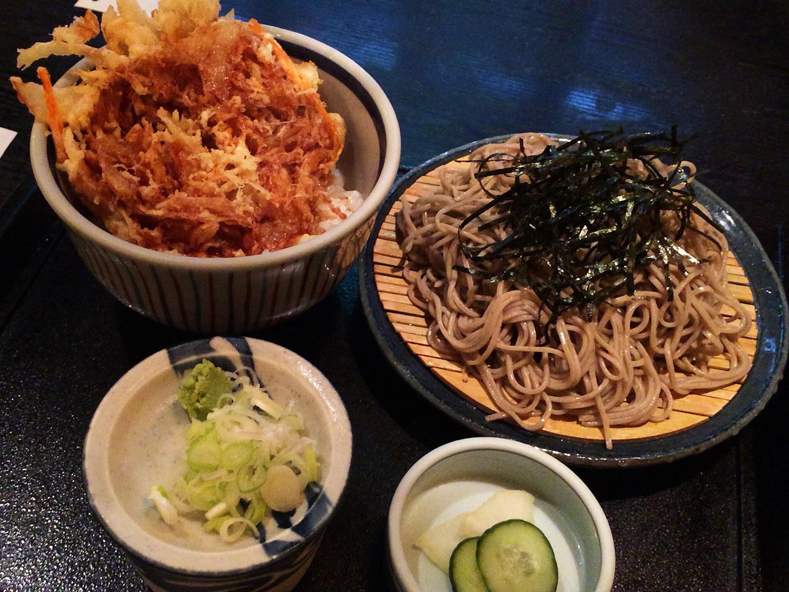「名古屋 やぶ」のかき揚げ丼とざる蕎麦 @高岳