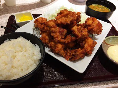 「とんきちmozoワンダーシティ店」のから揚げマウンテン定食 @上小田井