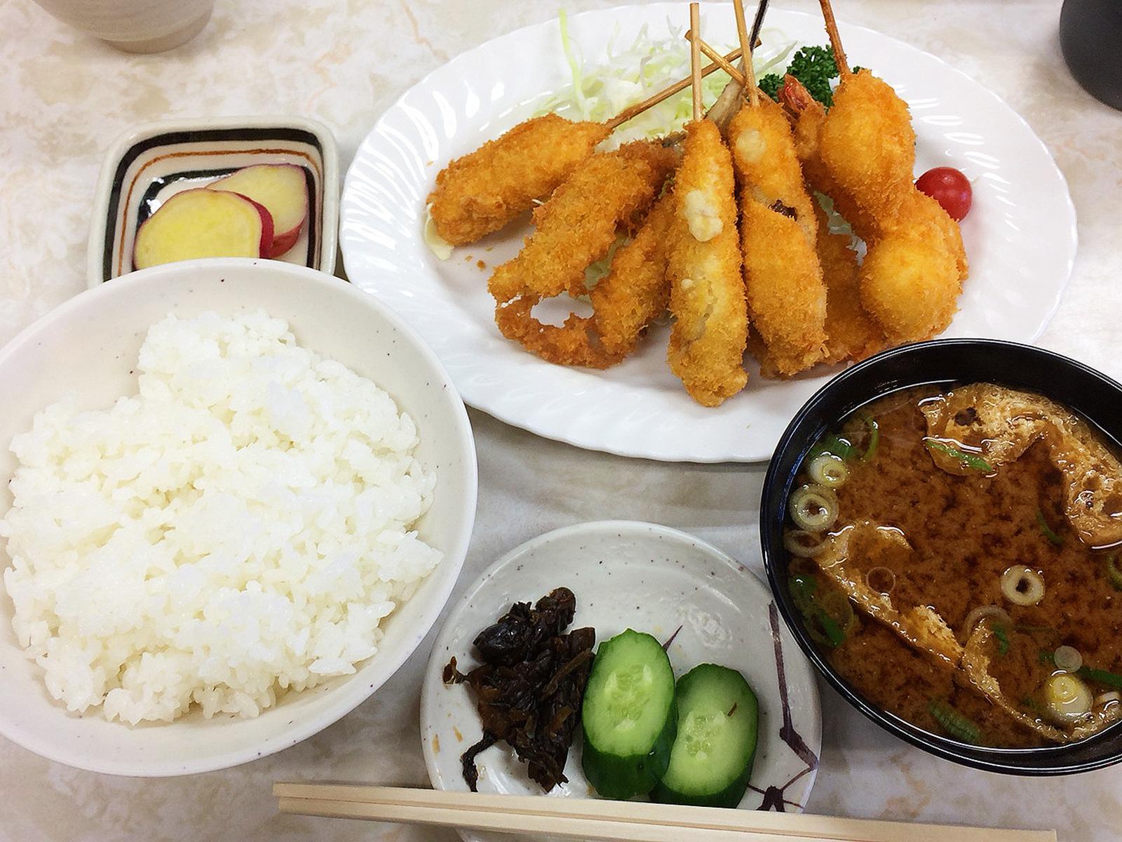 「菊井かつ 黒川支店」の魚フライ定食 @黒川