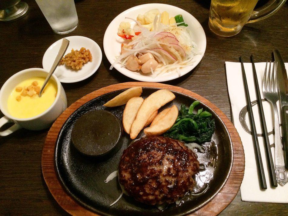 「ステーキのあさくま 小牧店」のあさくまハンバーグ @小牧市