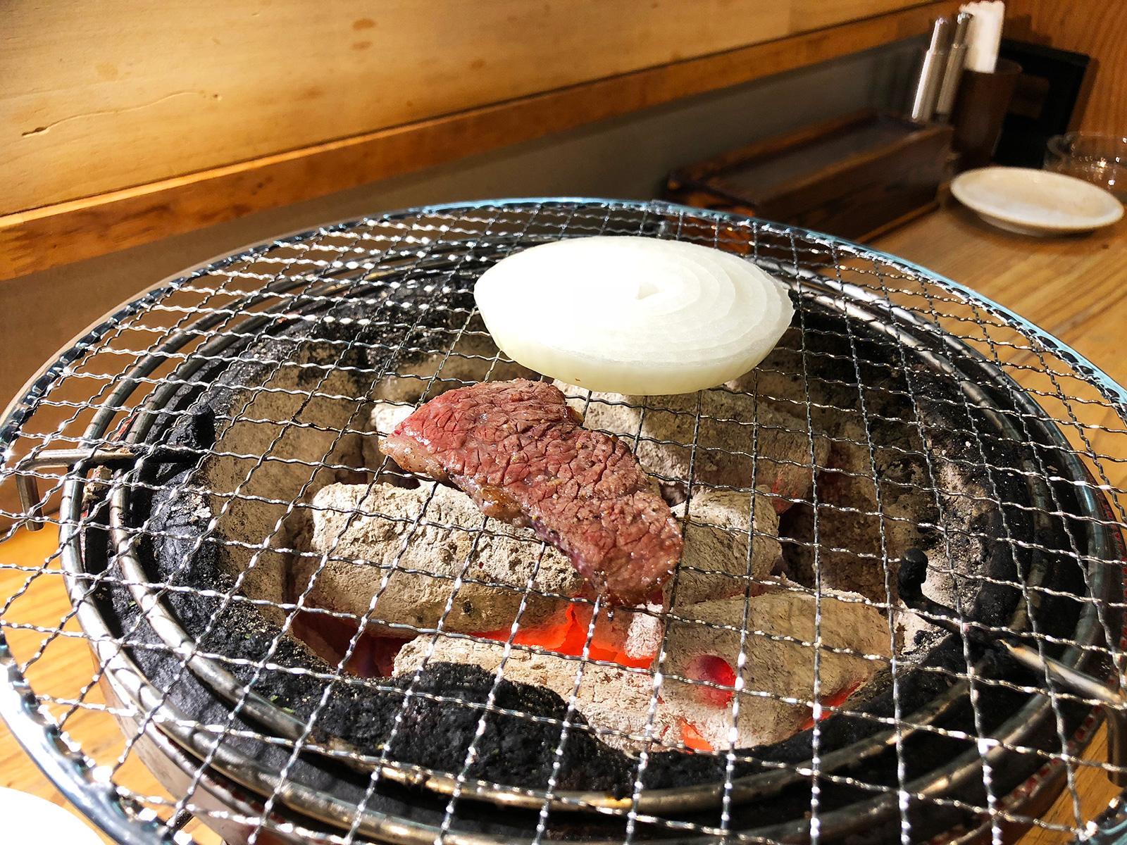 「焼肉・ホルモン さらえ亭」の馬刺しとブリスケとコリコリ @下小田井
