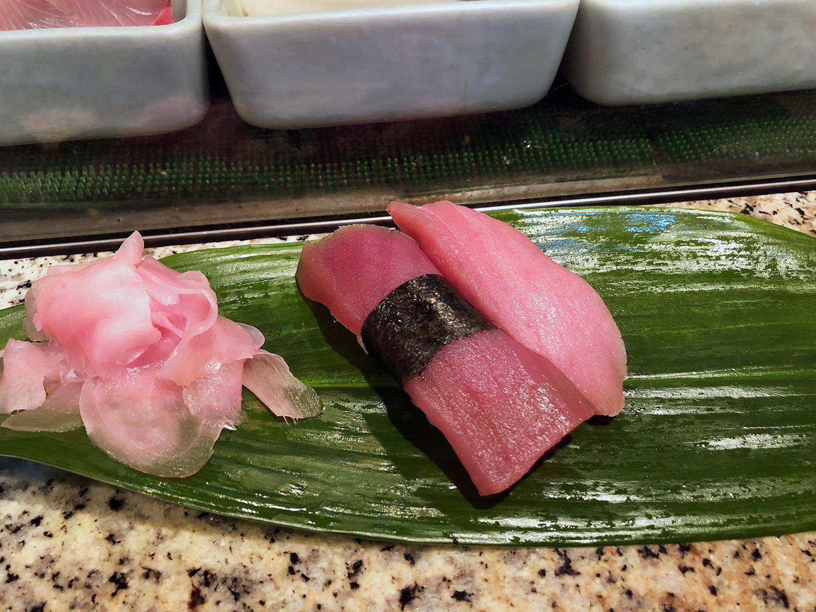 「すし 松前」のおまかせコースとチカの塩焼き @栄生
