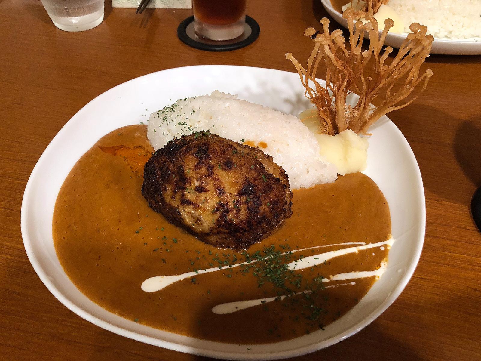 洋食家 KITCHEN PIGLETのハンバーグカレーランチ @半田市