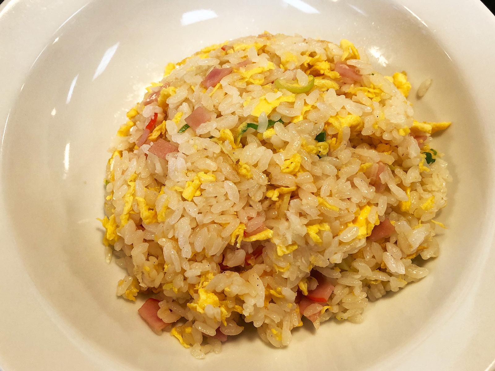 「台湾料理 大安」の塩台湾ラーメンとにんにくチャーハンランチ @下小田井