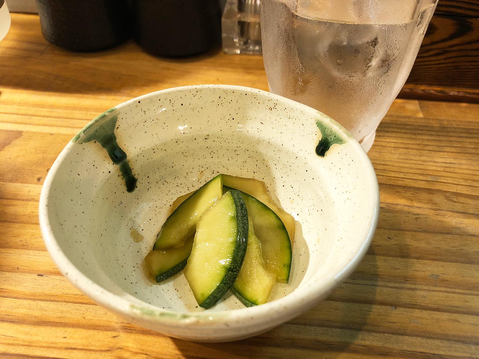 「さらえ亭」の鶏ハツとしいたけとハラミ @下小田井