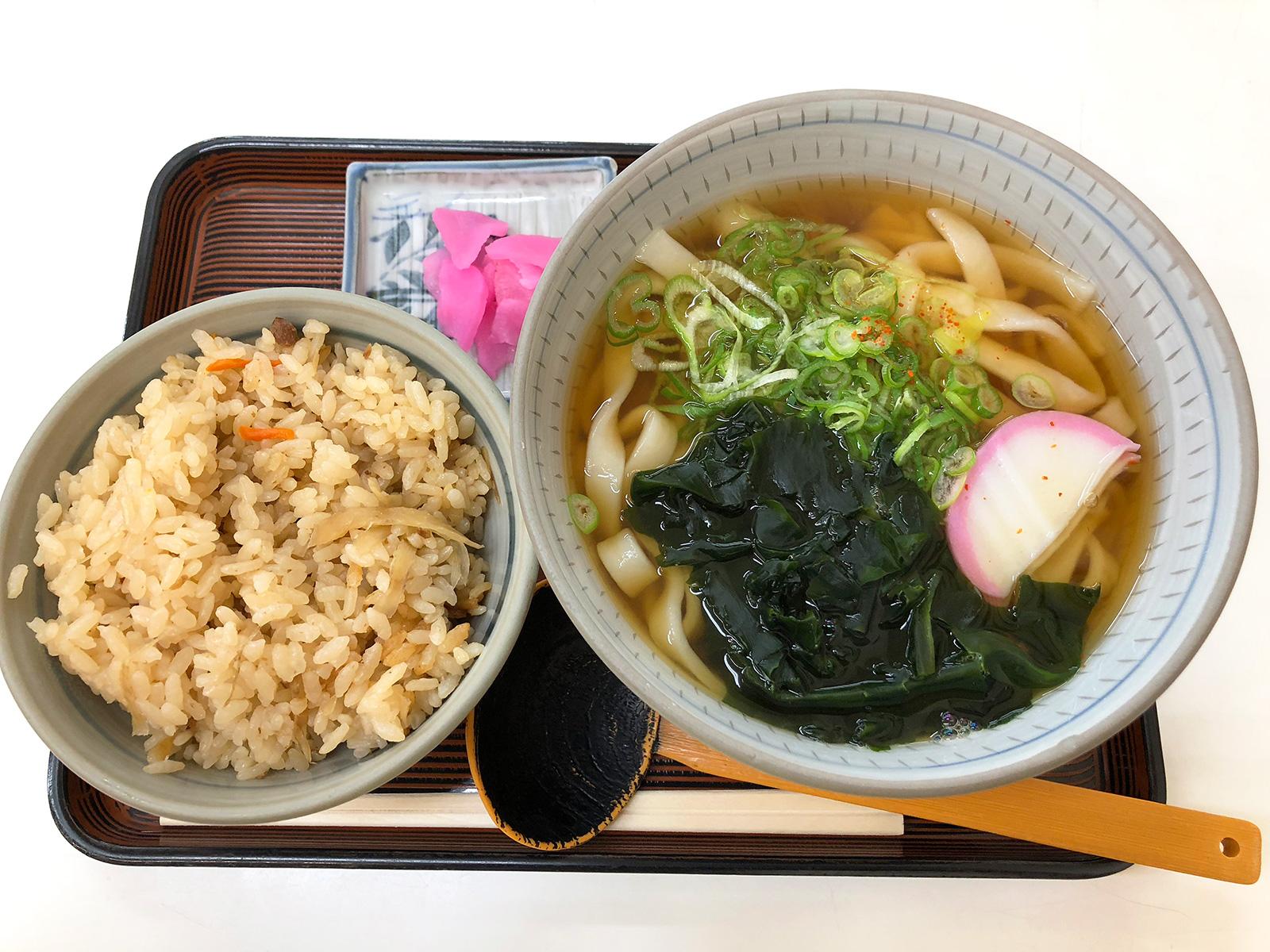 「むつみや」の五目ご飯ときしめんランチ @清須市下小田井