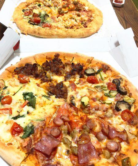 「Domino's Pizza」のクアトロ・3ハッピーとクアトロ・2ハッピー