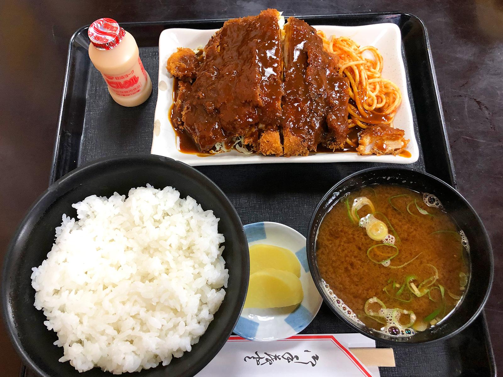 「すしかつ」のロースみそかつ定食 @清須市西批杷島