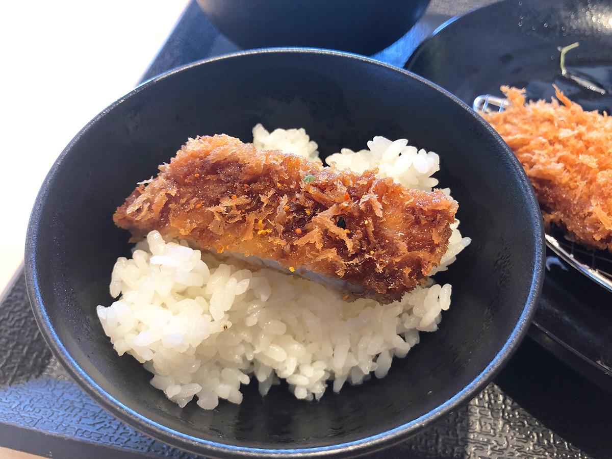 ついつい行ってしまう朝からトンカツ。「松のや清須店」の得朝ロースかつ定食 @清須市西枇杷島
