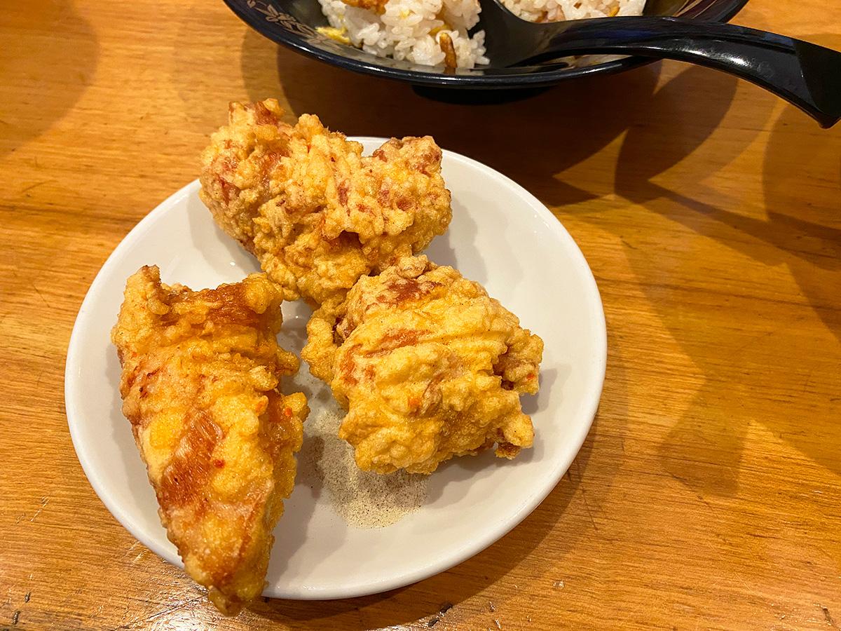 「長楽園」の味噌台湾ラーメンと炒飯と唐揚げのランチ @清須市尾張星の宮